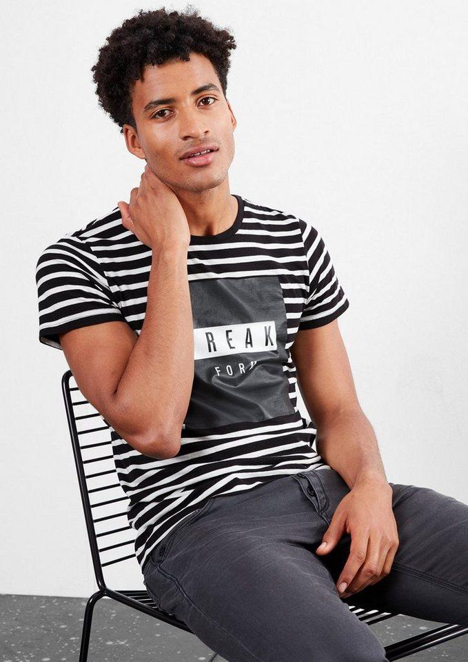 Q/S designed by Ringelshirt mit gummiertem Print in black stripes
