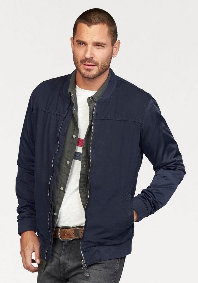 Wrangler Blousonjacke im Materialmix in navy