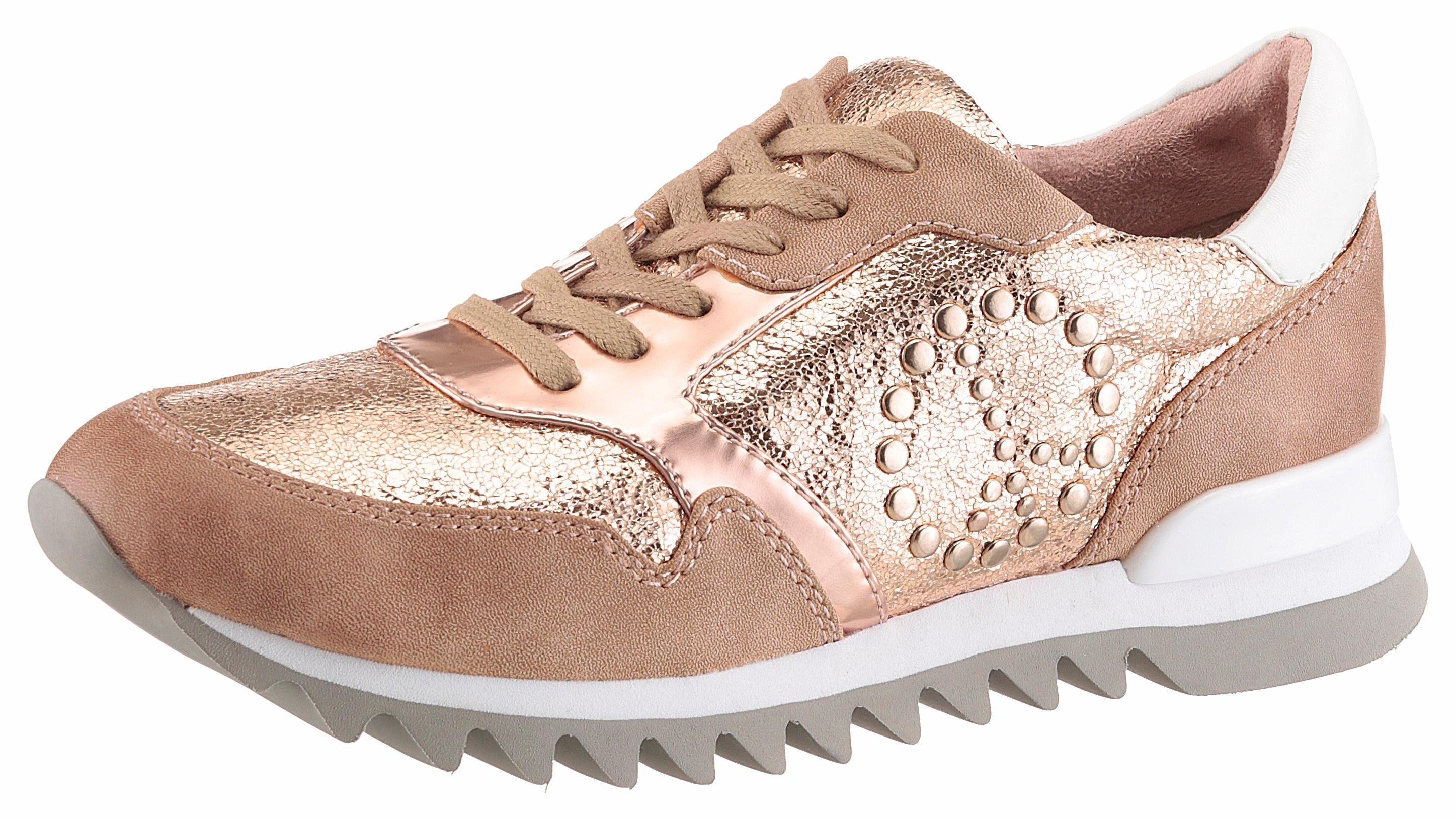 Tamaris Sneaker, mit trendiger Nietenverzierung  goldfarben-altrosa