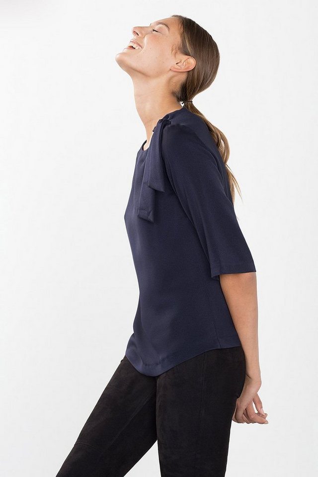 ESPRIT COLLECTION Satinbluse mit Schleife an der Schulter in NAVY