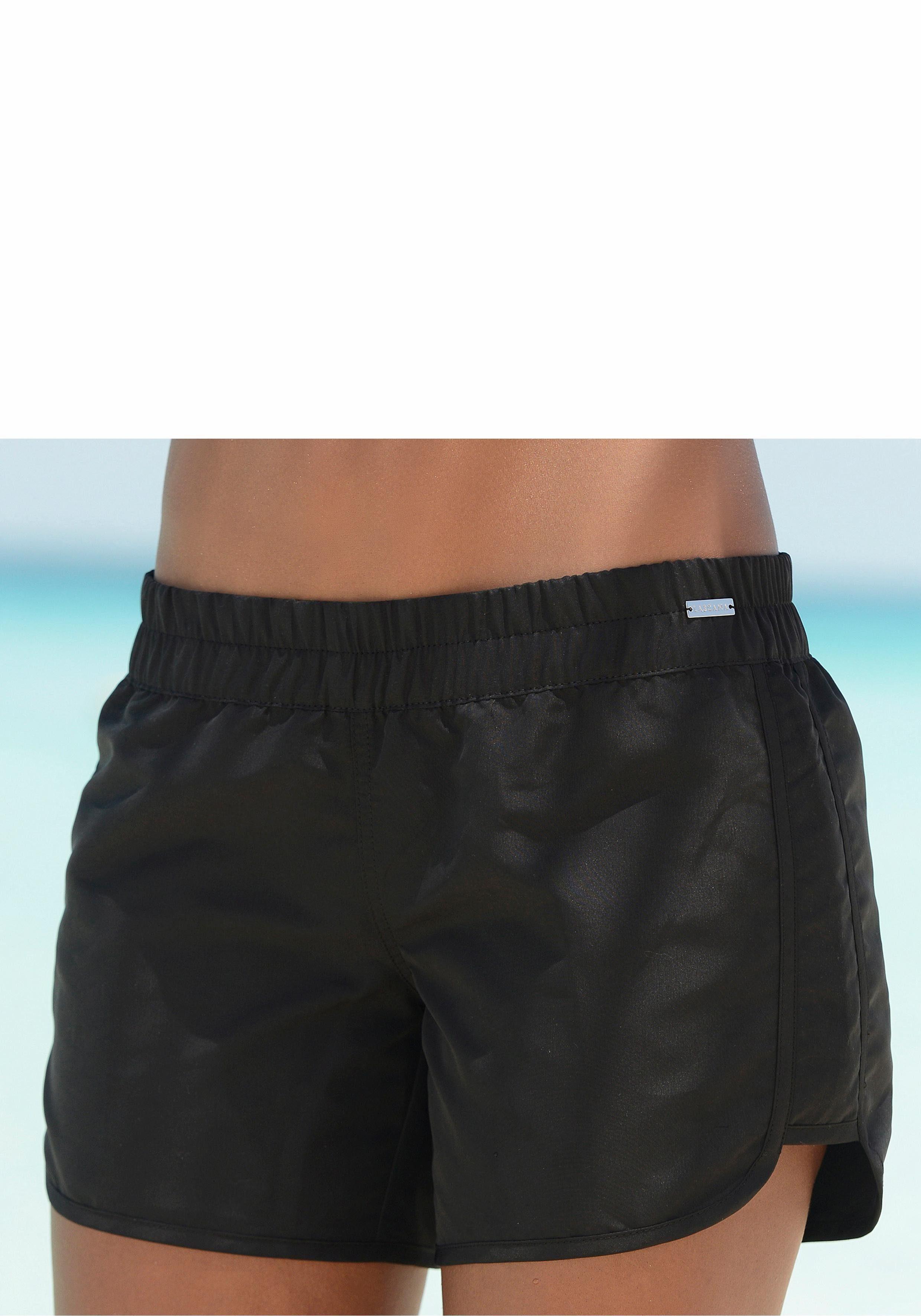 LASCANA Badeshorts, aus Microfaser, Tolle Ergänzung zu fast jedem Bikini  online kaufen | OTTO