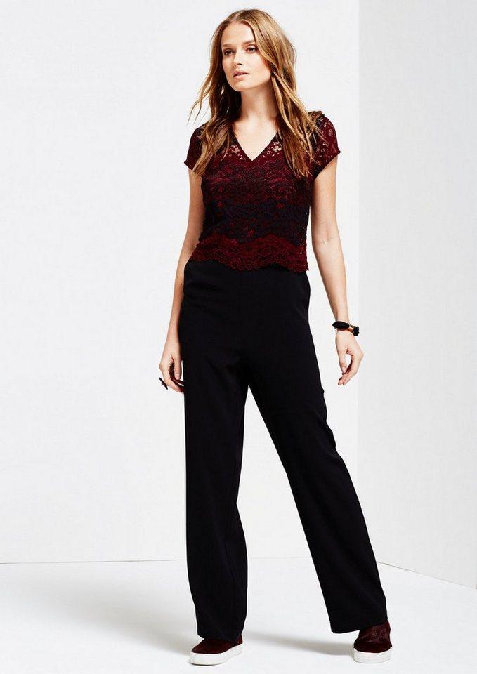 COMMA Glamouröser Jumpsuit mit hauchzarten Spitzenbesatz in rouge AOP