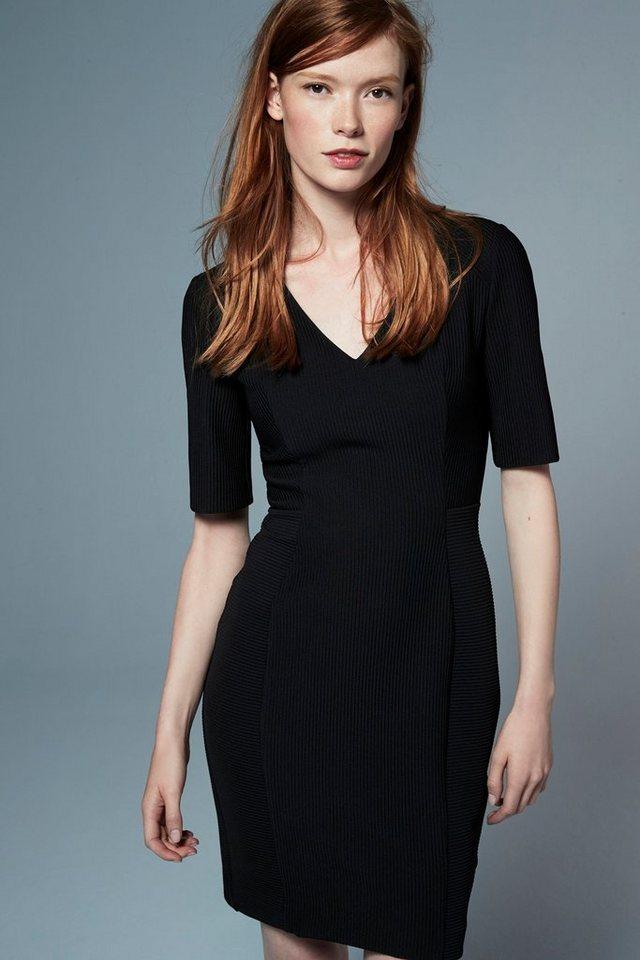 Next Business-Kleid in Black