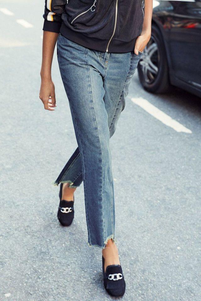 Next Bequeme Jeans mit Bahnen und Fransensaum in Blue