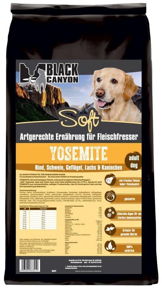Hundetrockenfutter »Yosemite Soft 5 Sorten Fleisch«, 5 kg in braun