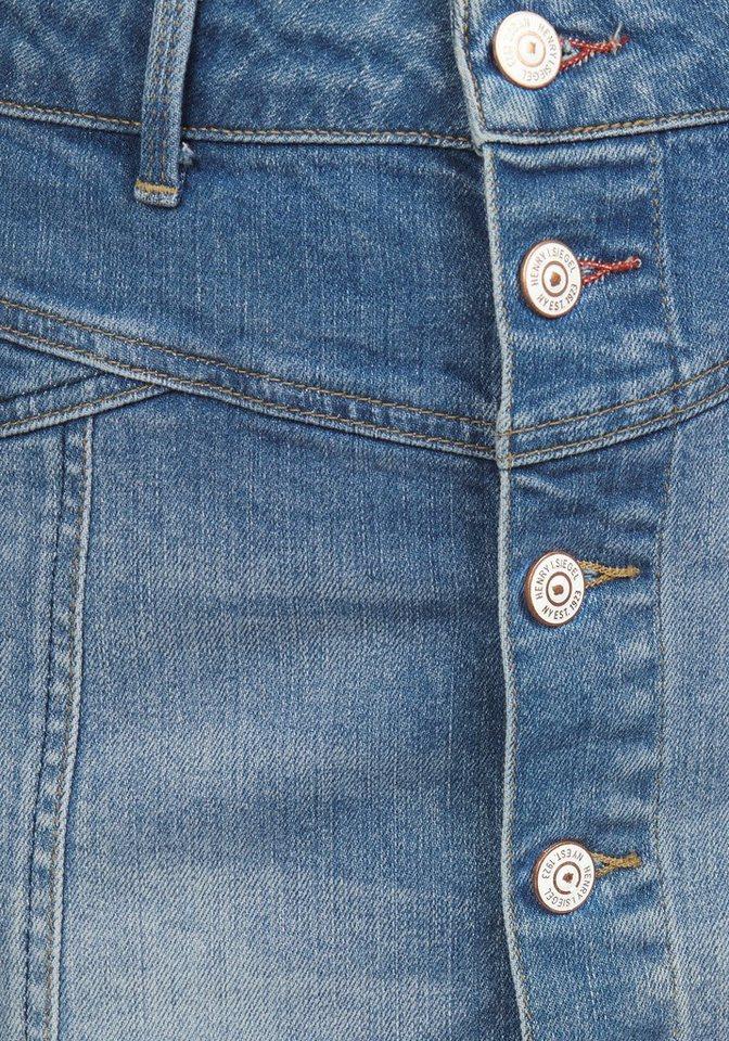Jeansrock, mit Knopfleiste und Fransensaum