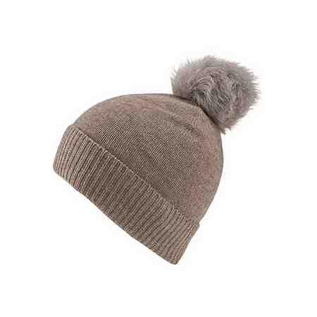 Mit diesen warmen Mützen aus Strick oder Jersey kommen sie gut durch die kalte Jahreszeit.