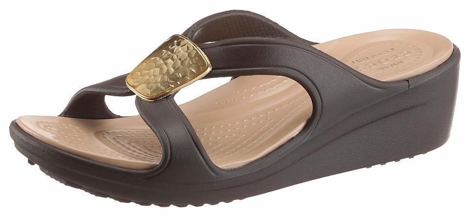 crocs sanrah embellished wedge pantolette mit ergonomisch geformtem fu bett online kaufen otto. Black Bedroom Furniture Sets. Home Design Ideas