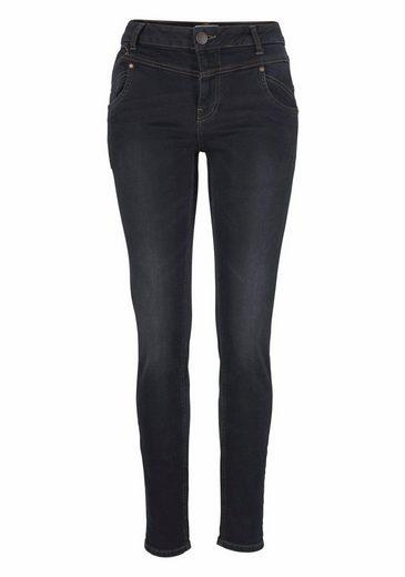 Pulz Jeans High-waist-Jeans Carmen, in trendy high waist Form