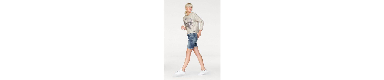 Pepe Jeans Sweatshirt BEATRIZ, mit hochwertiger Stickerei