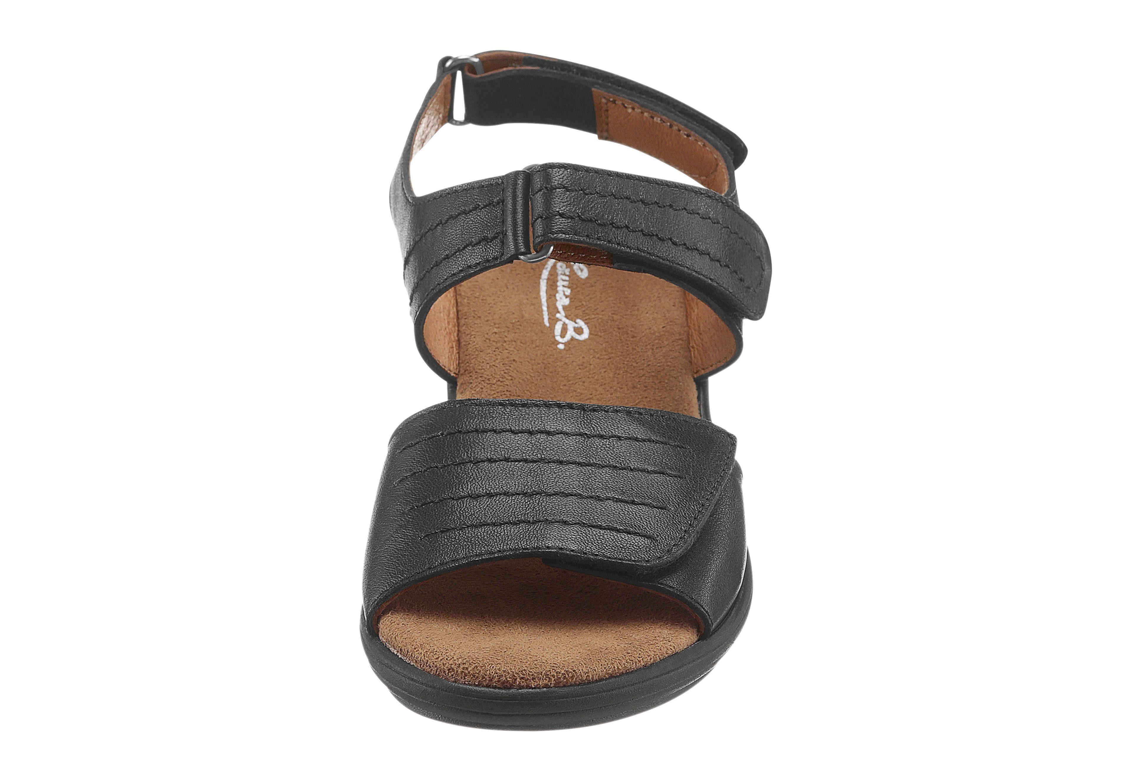 Maybe MayBe Sandale mit trittdämpfendem Fußbett, schwarz, schwarz