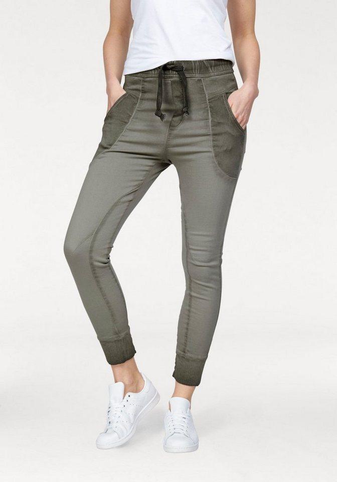 please jeans jogginghose p51g mit cooler waschung. Black Bedroom Furniture Sets. Home Design Ideas