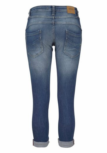 Please Jeans Boyfriend-Jeans P21Q, mit cooler Stickerei