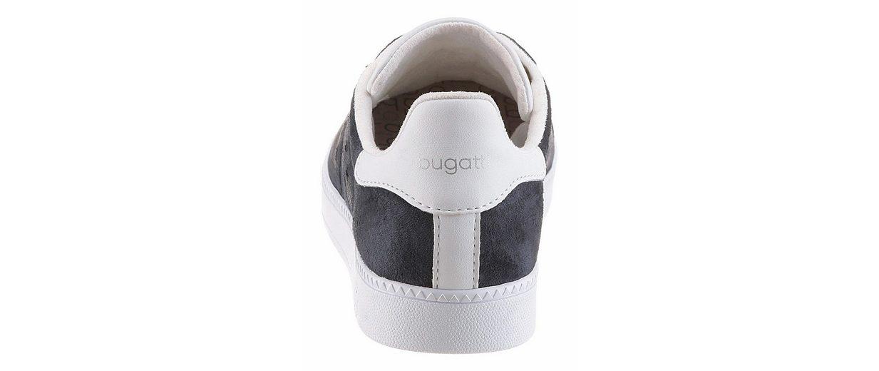 Bugatti Sneaker, mit süßer Sternchen Perforation