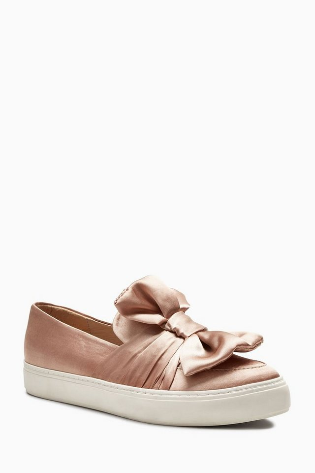 Next Slip-On Sneaker aus Satin mit Schleife in Nude