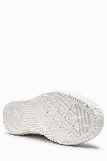 Next Sneaker