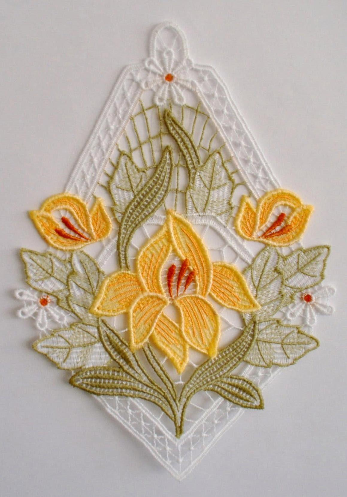 Fensterbild, Stickereien Plauen, »Lilienzeit«