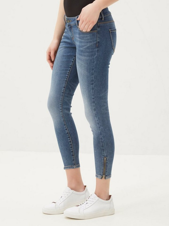Vero Moda Five LW Ankle- Skinny Fit Jeans in Medium Blue Denim