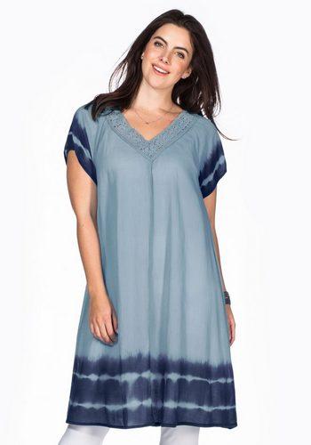 Damen sheego Casual Strandkleid Batik-Effekt an Ärmeln und Saum blau | 04054697190304