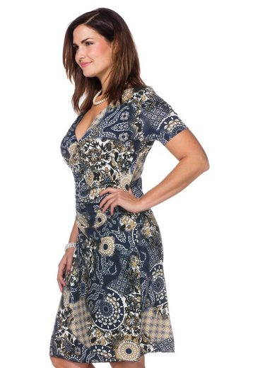 sheego Style Jerseykleid, In figurbetonter Wickeloptik