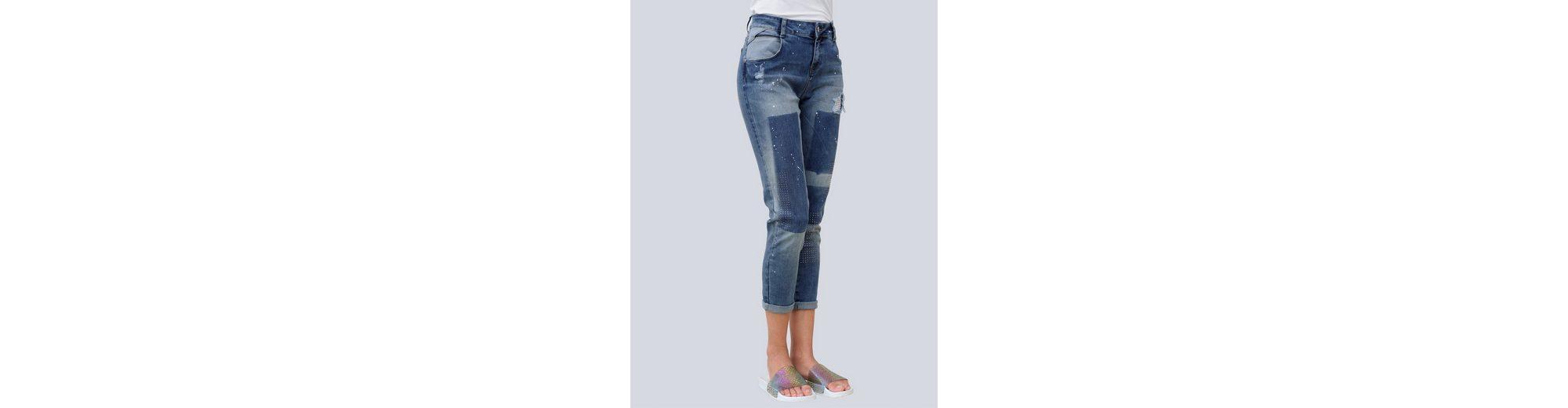 Alba Moda Boyfriend-Jeans mit Strassverzierungen mit Strassverzierungen