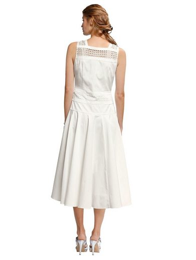 Alba Moda Kleid mit Spitzendetails und ausgestelltem Rockteil