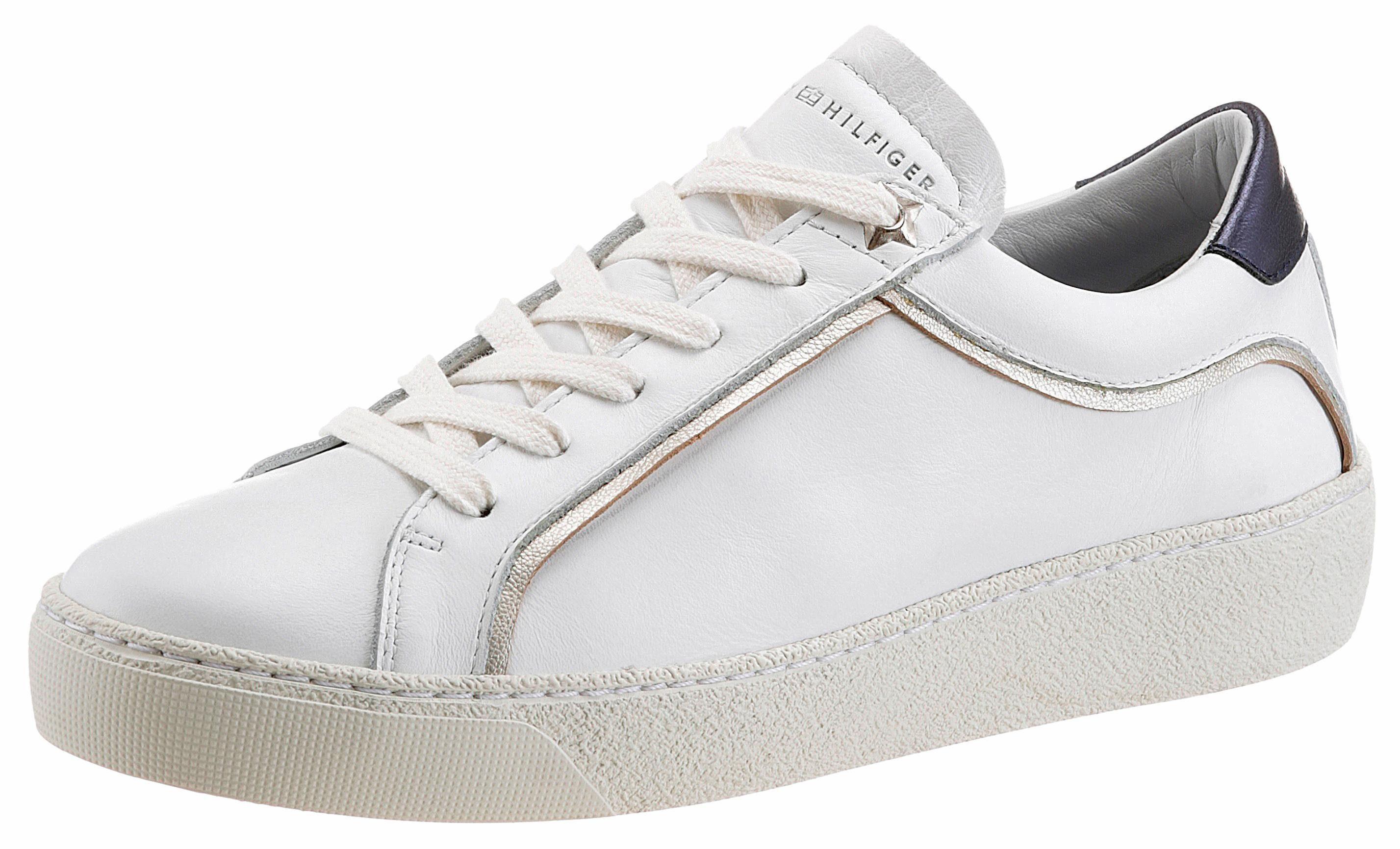 Tommy Hilfiger Sneaker, mit Metallic-Applikation  weiß