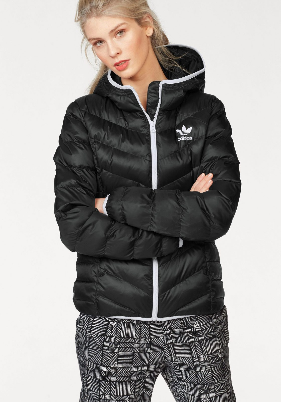 adidas Originals Steppjacke »SLIM JACKET«, Warm wattiert