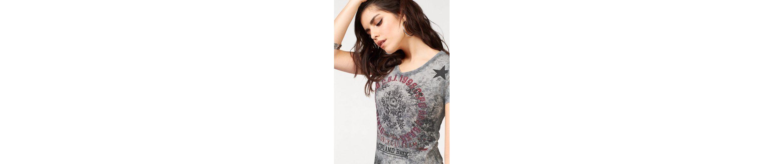 Cipo & Baxx V-Shirt, mit bunten Glitzersteinen