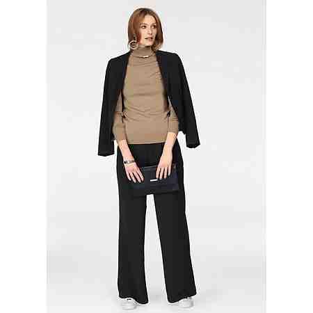 So gut kann Erfolg aussehen: Entdecken Sie сейчас die Damen-Business-Mode, elegante Anzüge, feminine Kostüme und edle Blusen...