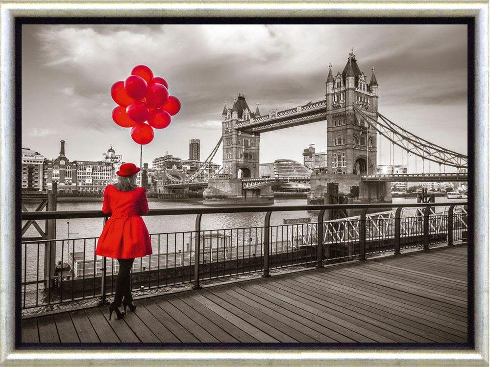 Premium Picture Schattenfugenbild »London/Lady in red«, 46/36 cm