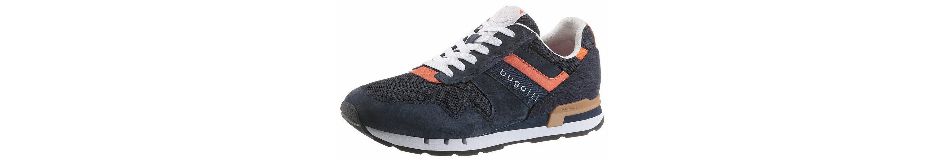 Bugatti Sneaker, im modischem Materialmix