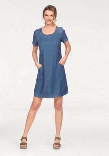 Cheer Jeanskleid, mit kontrastfarbenen Nähten