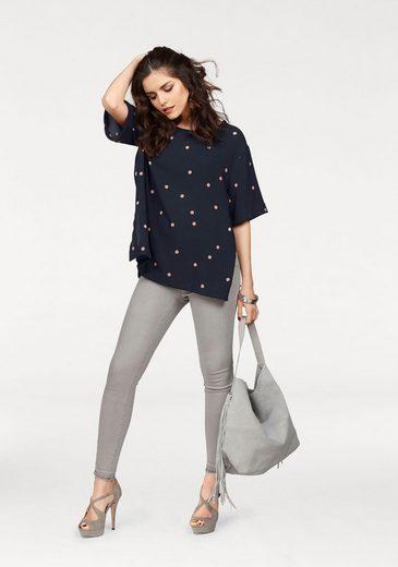 Vero Moda Shirtbluse BIG DOT, mit seitlichen Schlitzen