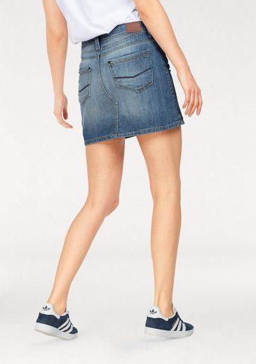 Jupe En Jean De La Marque Cross Jeans® Mariella, Avec Un Lavage Cool Dans Un Mini Look