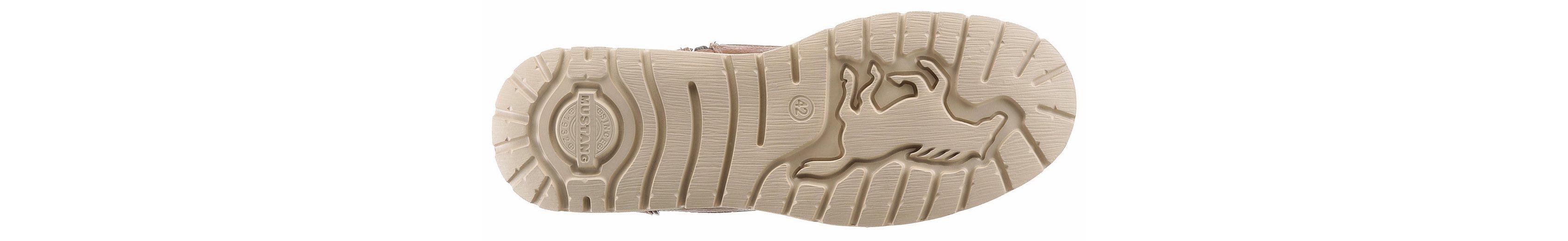 Mustang Shoes Winterstiefel, mit stylischem Zierreißverschluss