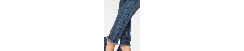 Arizona Skinny-fit-Jeans mit Knopfleiste und Fransen, High Waist