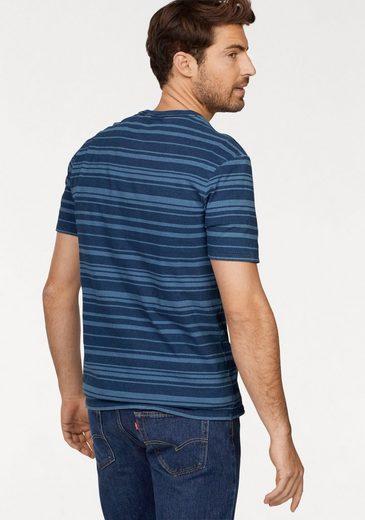 Levis® T-shirt
