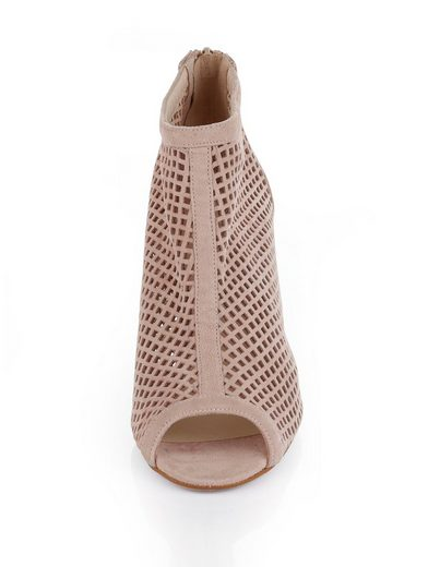 Alba Moda Ankle-Boot aus perforiertem Rindsleder