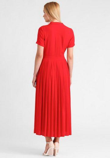 Apart Dress V-neck