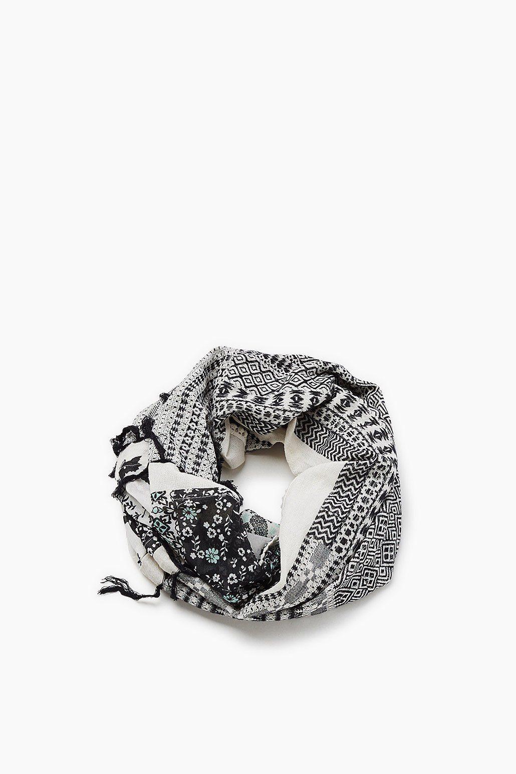ESPRIT CASUAL Loop-Schal mit Print und Häkel-Details