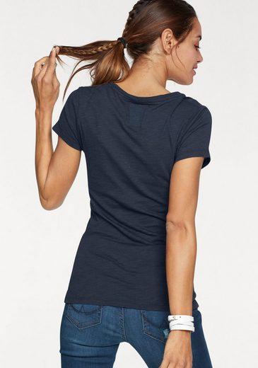 Superdry T-Shirt SUPER NO 6 PHOTO LONG LINE TEE, mit glitzerndem Frontprint