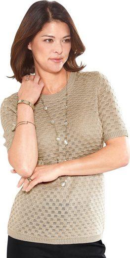 Classic Pullover mit ansprechendem Einstrickmuster