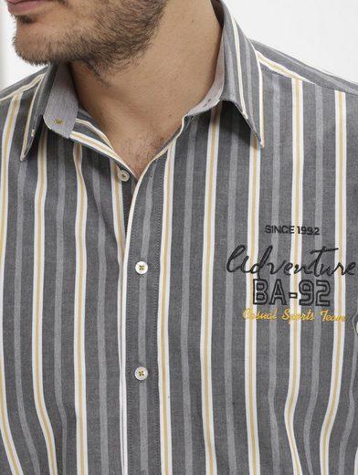 Babista Hemd mit modischer Stickerei
