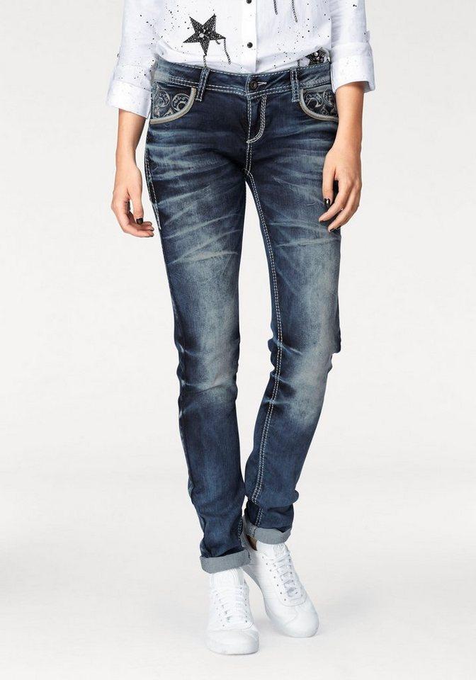 cipo baxx slim fit jeans mit sch ner stickerei und. Black Bedroom Furniture Sets. Home Design Ideas