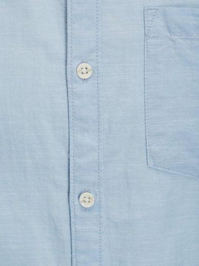 PRODUKT Ein-Taschen- Langarmhemd