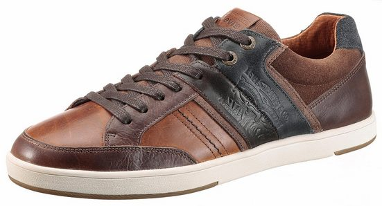 Levi's® Beyers Sneaker, im stylischen Materialmix