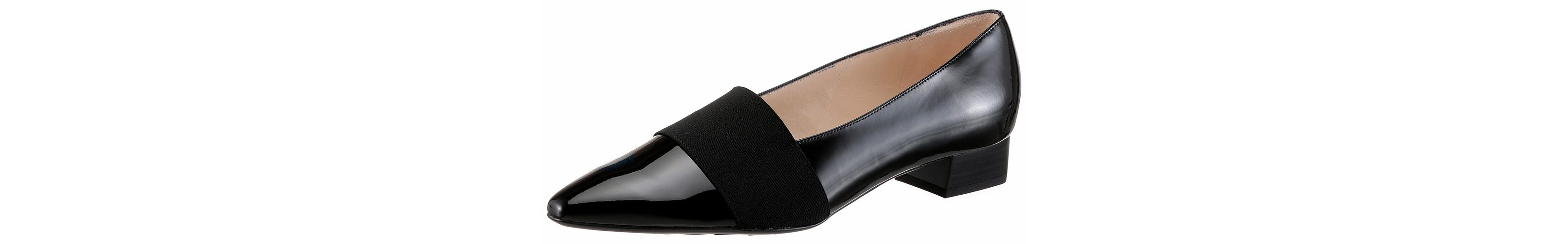 Peter Kaiser Lagos Pumps, in spitzer Form