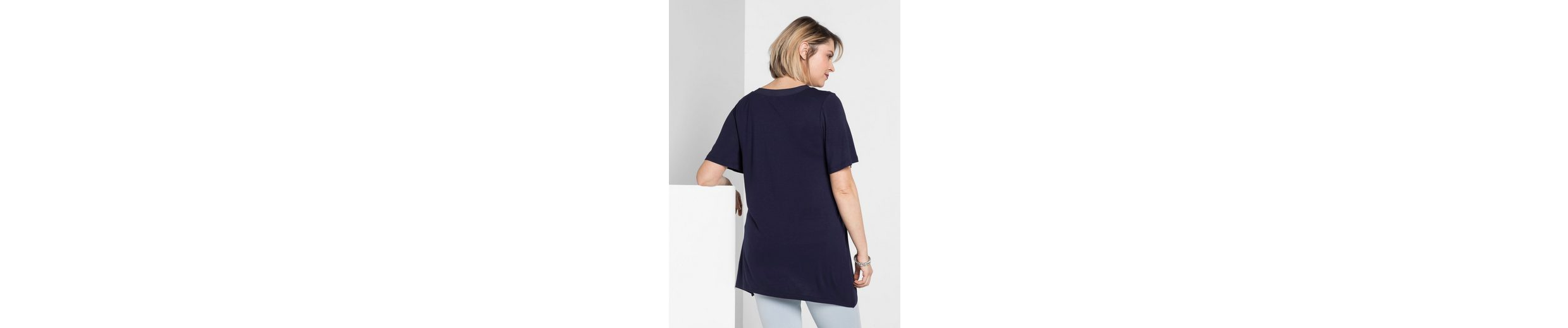 sheego Style T-Shirt, In leichter A-Linie