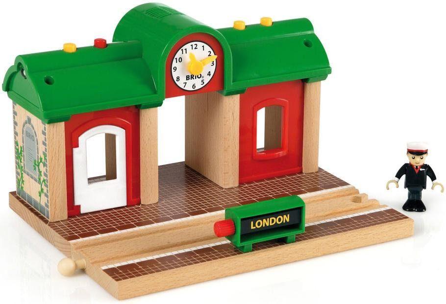 BRIO® Zubehör für Spielzeugeisenbahn mit Licht und Soundfunktion, »BRIO® WORLD Sprechender Bahnhof«